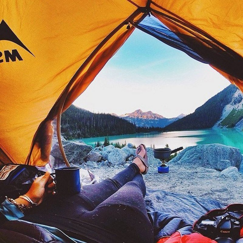 amazing-views-from-tents-13
