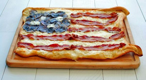 american-flag-pizza