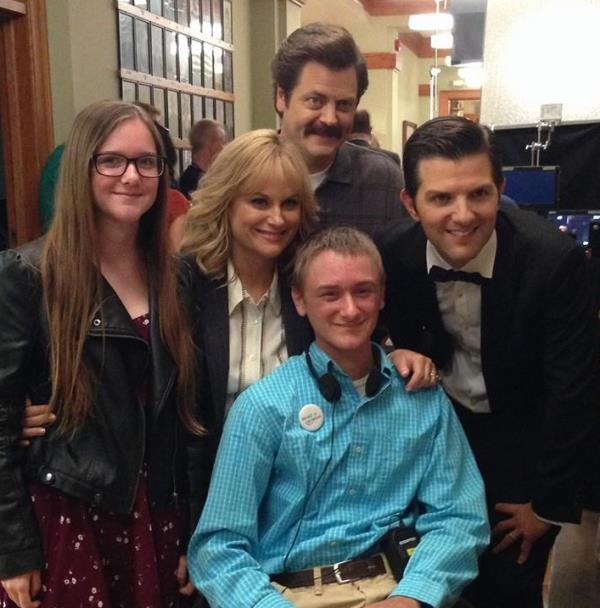 cancer-patient-meets-parks-rec-cast-07