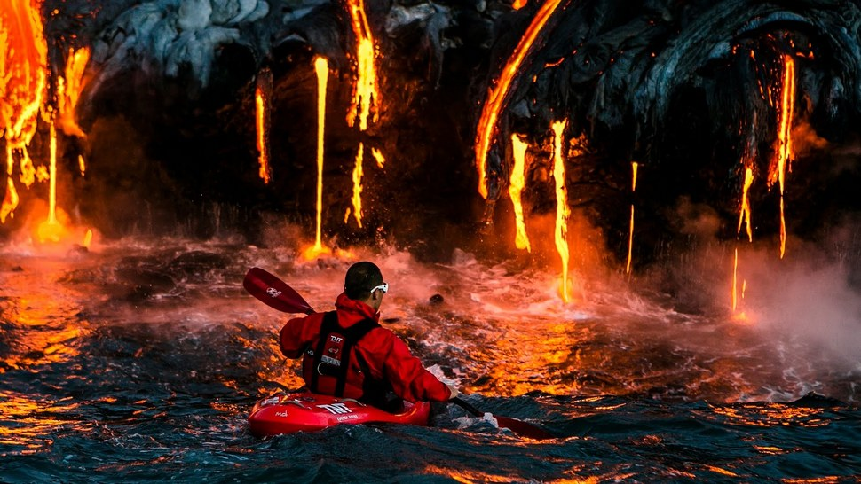 volcanic-kayaking-01