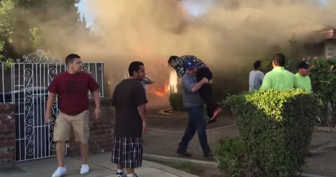 man-walked-into-burning-home-to-rescue-stranger