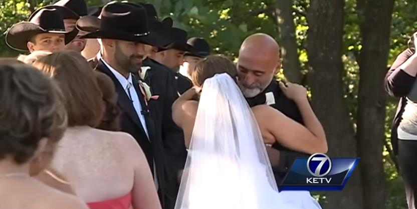 paralyzed-bride-walks-down-aisle-at-wedding