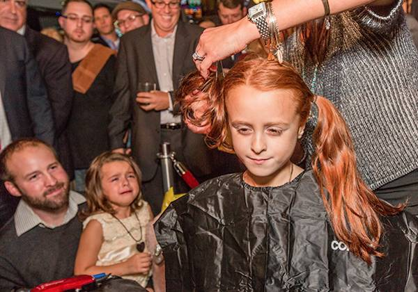 girl-shaves-head-in-support-of-kids-fighting-cancer-03